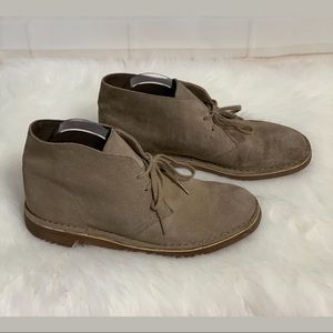 Clarks Sand Suede Chukka Boots Lace Up Shoes